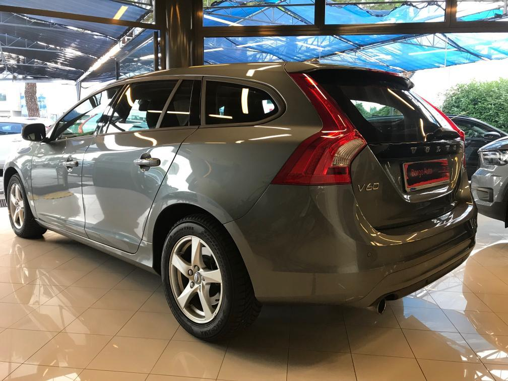 V60 D2 Geartronic Business Full Optional